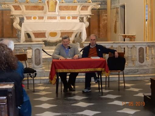 """Savona, presentato il volume """"I Vescovi di Savona dal Seicento all'Ottocento"""""""