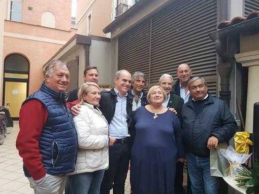 Albenga, va in pensione Piera Olivieri: il saluto della politica all'innovatrice del settore turismo