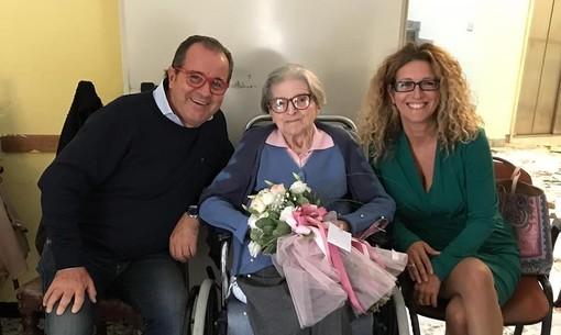 Millesimo, festa per i 100 anni della signora Irma (FOTO)
