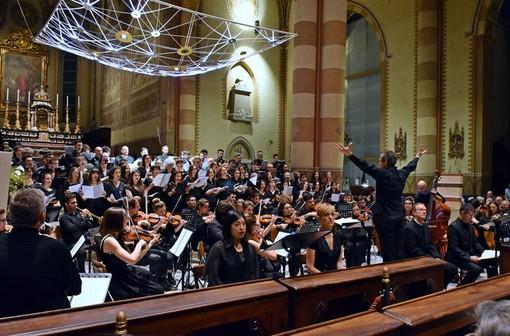 """Orchestra e coro in trasferta a Savona per il """"Soroptimist Day"""""""