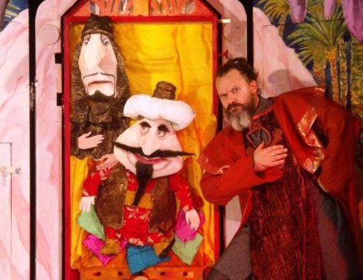 Aladino e il genio della lampada: sabato 24 marzo l'ultimo appuntamento con il teatrino dell'Erba Matta al Teatro Nuovo di Valleggia