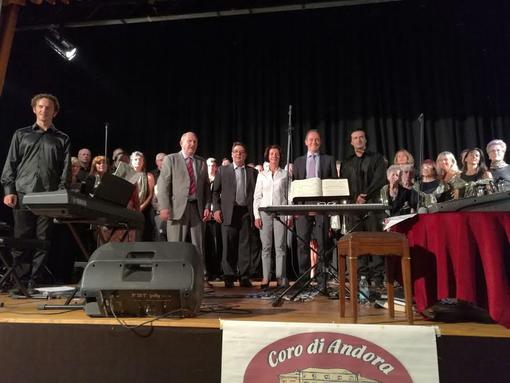 """Terremotati: il """"Coro di Andora"""" si è esibito al Consolato d'Italia a Nizza per raccogliere fondi"""