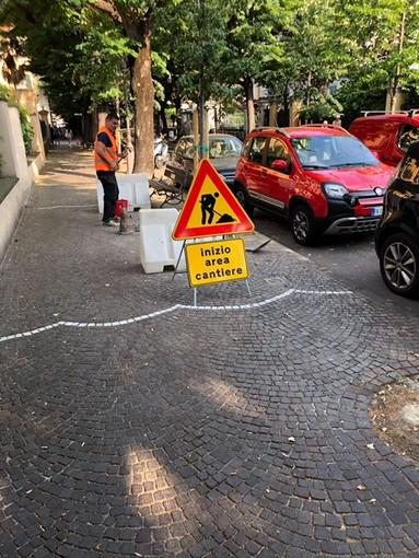 Albenga, restyling del porfido in viale Martiri e via Trieste