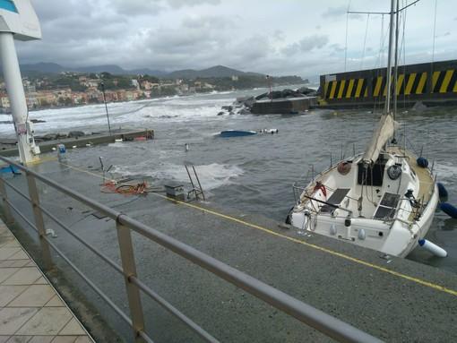 Celle, la mareggiata colpisce il porticciolo di Cala Cravieu: 16 barche affondate e 50 danneggiate