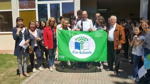 Le scuole medie di Borgio Verezzi conquistano la Bandiera Verde