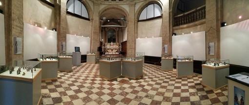 """I famosi """"macachi"""" di Albisola in una mostra d'arte a Bassano del Grappa"""