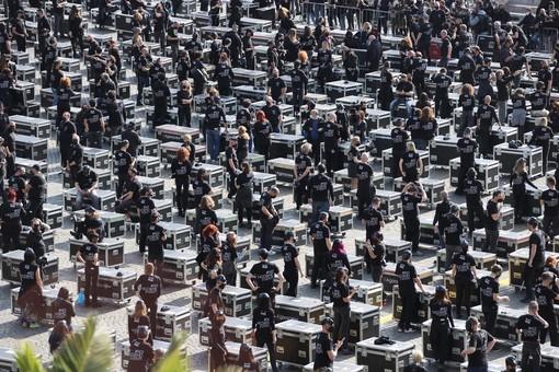 I bauli dei lavoratori dello spe3ttaolo invadono Roma (VIDEO e FOTO)