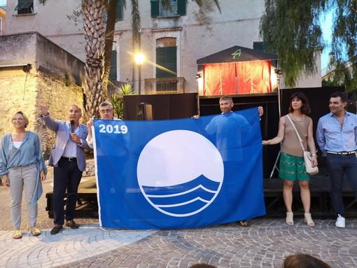 Pietra Ligure, consegnata alla città la Bandiera Blu (FOTO e VIDEO)