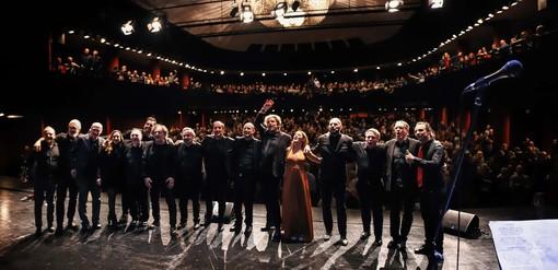 """Venerdì 7 febbraio al Teatro Moretti di Pietra Ligure in scena """"Peace & Love"""", il buovo show dei Bruciabaracche"""