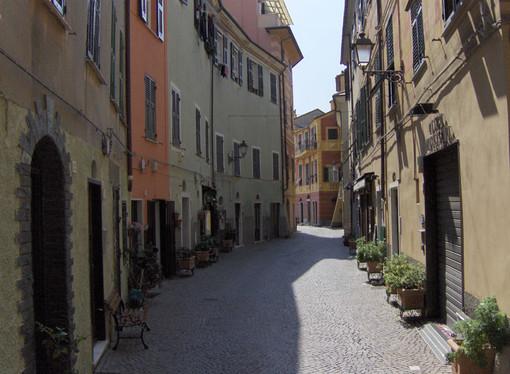 Via alle visite guidate dei centri storici di Celle, Finalmarina, Finalborgo, Varigotti e Pietra