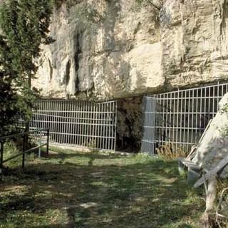 """""""Un sito ecologicamente sostenibile per valorizzare le ex-cave 'Arene Candide'"""""""
