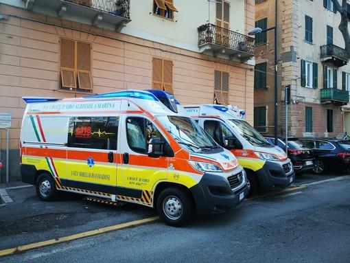 Savona, scontro frontale tra auto in corso Ricci: tanta paura ma un solo ferito non grave