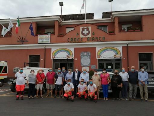 """Albenga: successo per la """"cena in bianco"""" a favore della Croce Bianca"""