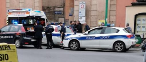 Accoltellamento tra stranieri in piazza Garibaldi ad Albenga
