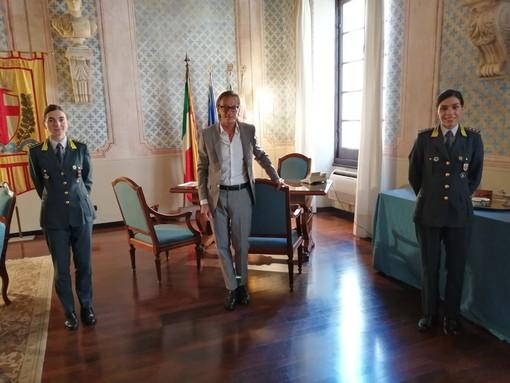 """Passaggio di consegne """"al femminile"""" alla guida della Guardia di Finanza di Albenga"""