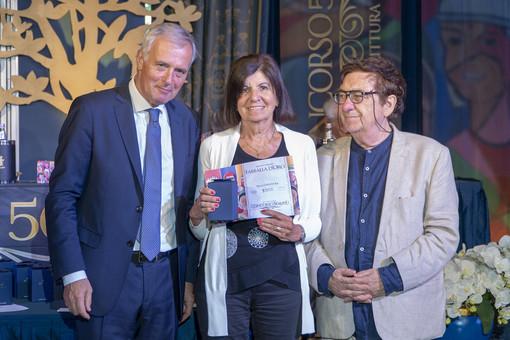 "La savonese Marisa Chianura vince la ""Farfalla d'Oro"" per la prosa"