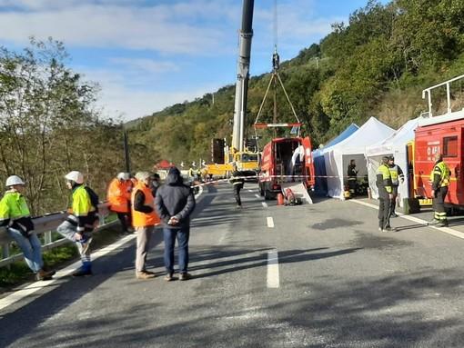 Traffico, disagi e pericoli sulle autostrade: il Governatore chiede il pedaggio gratis ed arriva un misero sconto solo tra Pietra e Finale Ligure