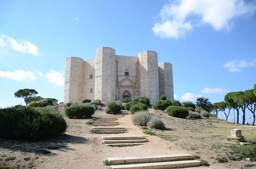 Andiamo alla scoperta di due dei castelli più belli d'Italia