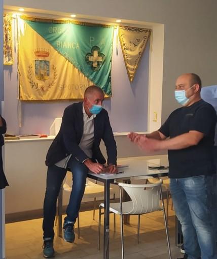 Spotorno, il Sottosegretario Costa in visita alla Croce Bianca e all'Avis (FOTO)
