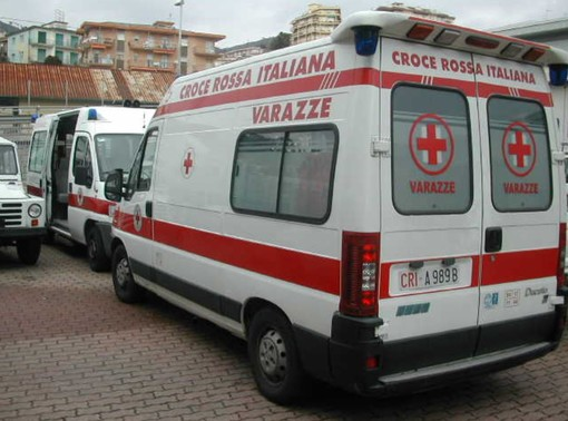 Varazze, incidente stradale in località Casanova: 61enne in codice giallo al Santa Corona