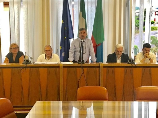 """Restyling scuola """"Colombardo"""", Dotta (sindaco Cengio) replica al Pd: """"Polemiche per screditare l'attuale amministrazione"""""""