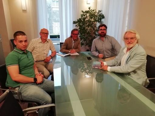 Il primo cittadino Tomatis incontra una delegazione del Lions Club Albenga Host