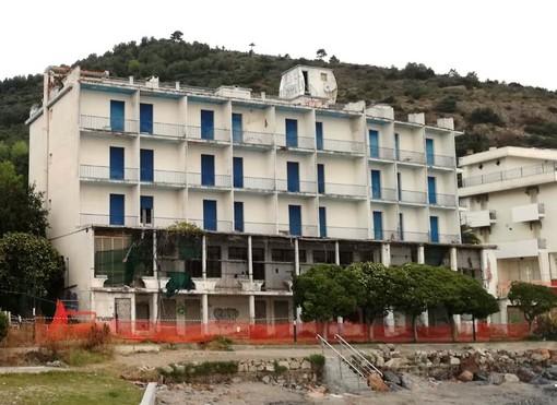 Ceriale, nuova vita per l'ex hotel Torelli