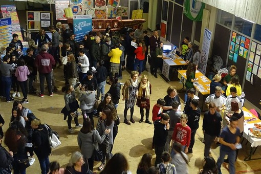 Salone dell'orientamento all'Istituto Comprensivo Val Varatella di Borghetto (FOTO)