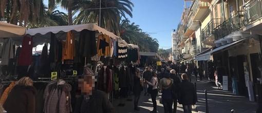 Loano, in corso Roma e piazza Mazzini la tradizionale Fiera di Sant'Andrea