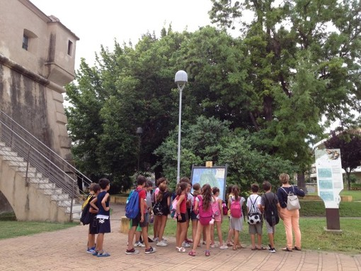 """Albenga, scuole """"Paccini"""" aperte anche in estate con un progetto di archeologia"""
