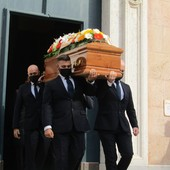 Albissola, l'ultimo commosso saluto all'avvocato Antoniobenedetto Chirò (FOTO)