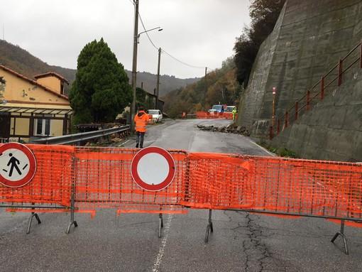 Varazze, frana in frazione Alpicella: evacuata un'abitazione (FOTO e VIDEO)