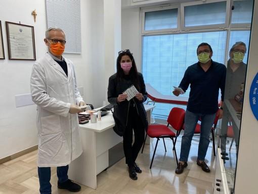 Covid-19, Foscolo e Ripamonti (Lega) donano mascherine ai medici di medicina generale del savonese