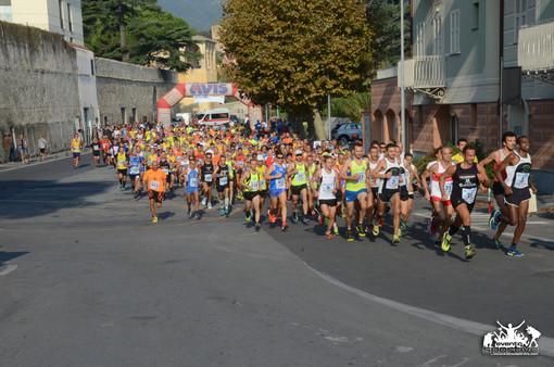 """A Loano la 13^ edizione del """"Giro delle Mura - Memorial Paolo Romanisio"""""""