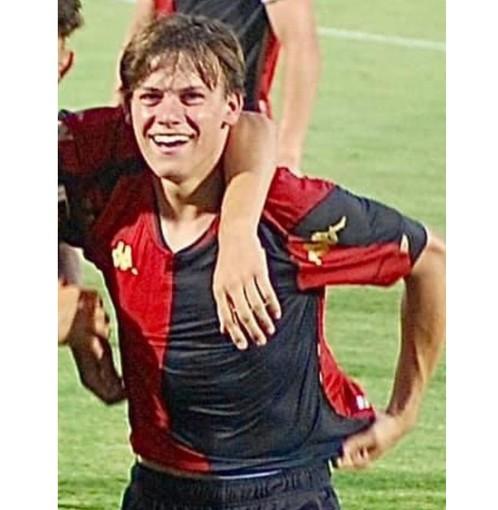 Scudetto per il Genoa under 18, tra i campioni il figlio d'arte Gabriele Giacchino di Stella