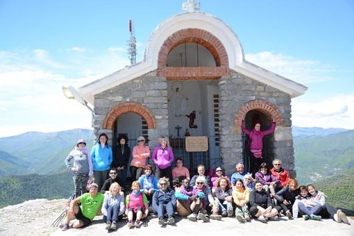 """""""Trekking per tutti... Ceriale"""": una foto di gruppo di una delle passate escursioni"""