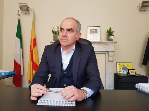 """Albenga. È ufficiale, Cangiano fa un passo indietro: """"Mi candido, ma come consigliere non come sindaco"""" (VIDEO)"""