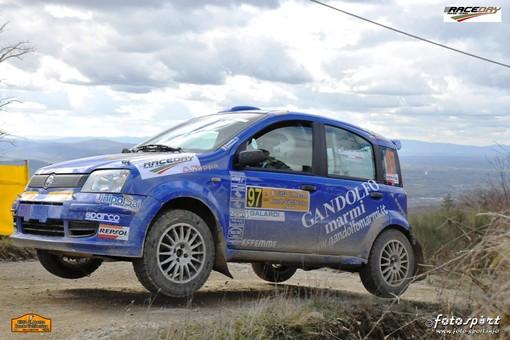 Tre equipaggi del Rally club Millesimo alla Liburna Ronde Terra
