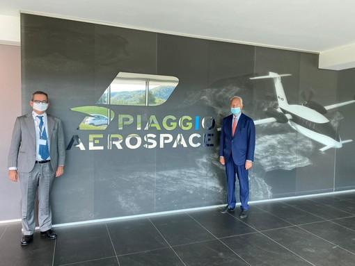 """Piaggio Aerospace, il commissario Nicastro al sottosegretario Manzella in visita: """"Il piano di cessione procede come previsto"""""""