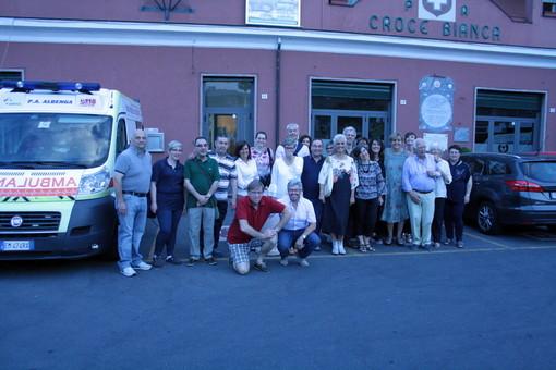 Reunion dei militi della Croce Bianca di Albenga, tra i ricordi di cosa voleva dire essere volontario nel 1983 (FOTO)