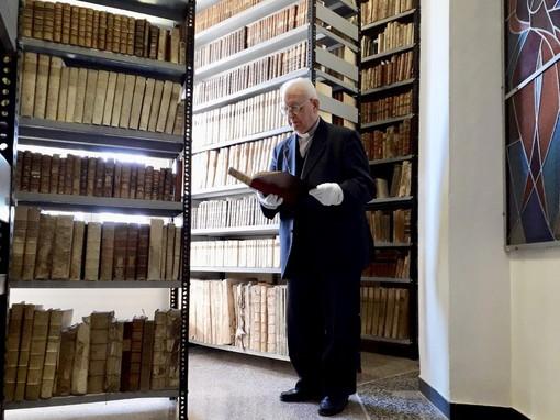 """Albenga: inaugurazione della Biblioteca diocesana """"Mons. Alessandro Piazza"""""""