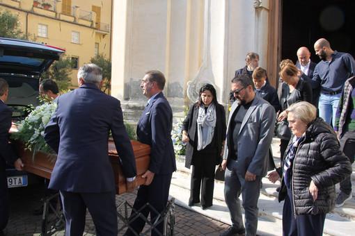Laigueglia: in tantissimi per l'ultimo addio a Walter Ripamonti