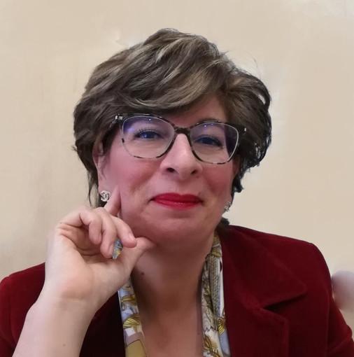 """""""La tabacchiera di Otto Schmitt"""", il nuovo romanzo della savonese Irene Schiavetta"""