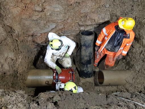 Alassio, rottura tubo acquedotto via Vigo: servizio riattivato nella notte (FOTO)