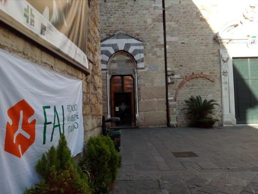 """Visitare le bellezze di Albenga tra rombanti auto """"vintage"""": domani anche il FAI Giovani Albenga-Alassio al Giro dei Monti Savonesi Storico"""