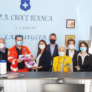 """Dal Lions Club Alassio """"Baia del Sole"""" tablet per la telemedicina alla Croce Bianca di Laigueglia"""