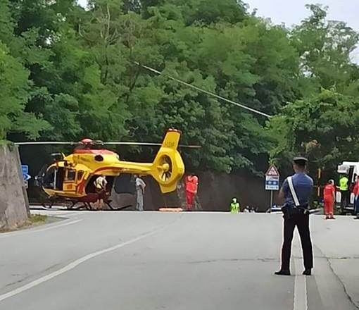 Sassello, incidente lungo la Sp334: motociclista in codice rosso al San Martino di Genova