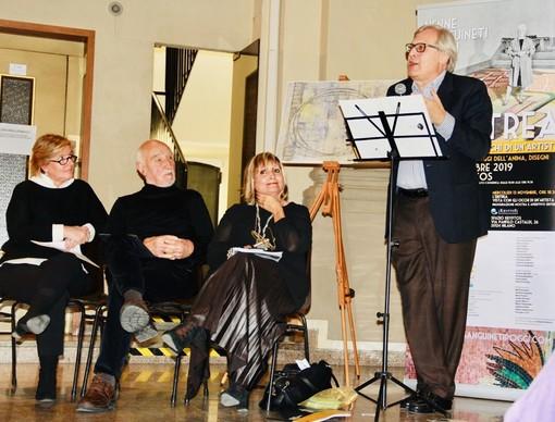 Vittorio Sgarbi al convegno e alla mostra a Milano sull'artista savonese Nenne Sanguineti Poggi