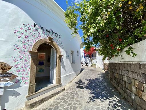 Kampos inaugura una Nuova boutique a Panarea, in uno dei più esclusivi paradisi per vacanze del Mar Mediterraneo