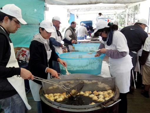 A Loano si potranno gustare frisceù e bruschette condite con prodotti tipici del territorio